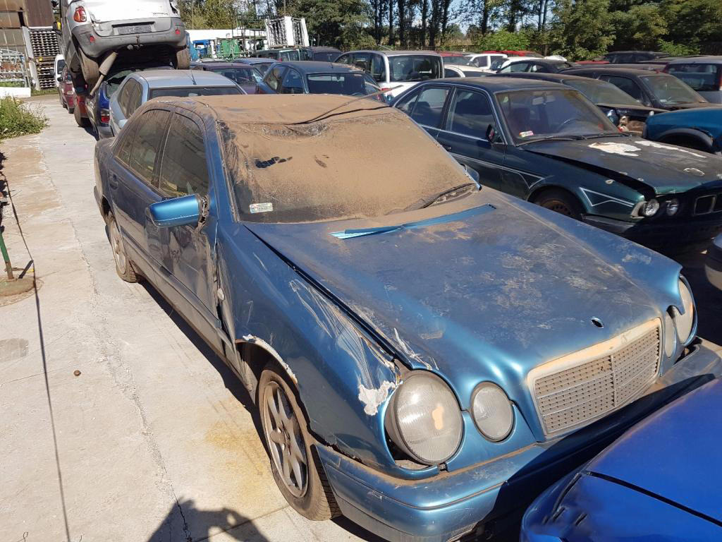 Mercedes W 210 2.2 D